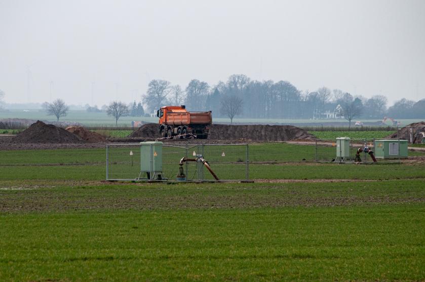 Felder Grundwasser Pumpen Keyenberg
